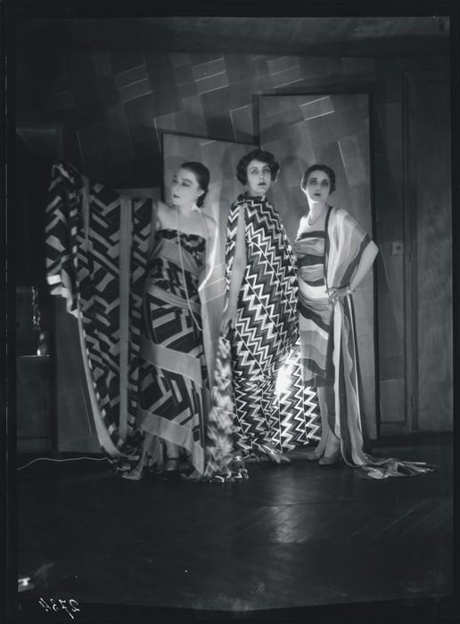 Simultaneous Dresses